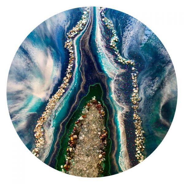 The River Divides. 5723734188032 N