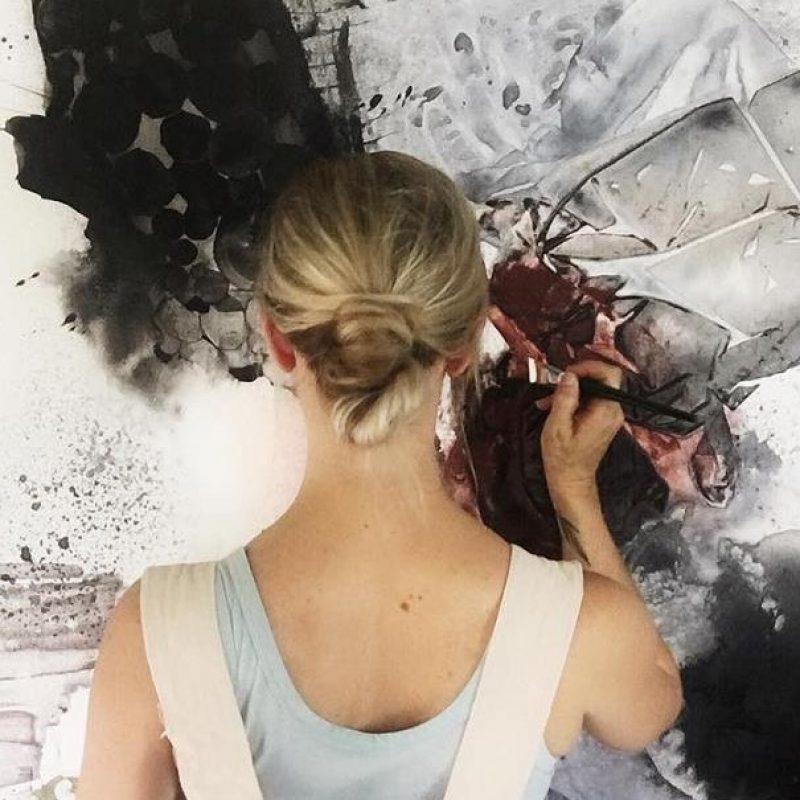 Amica Back Shot Painting Edit