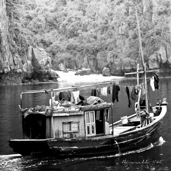 Can1115sq House Boat Ha Long Bay Signature
