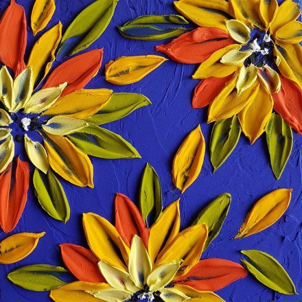 Sunflowers Mini Close Crop
