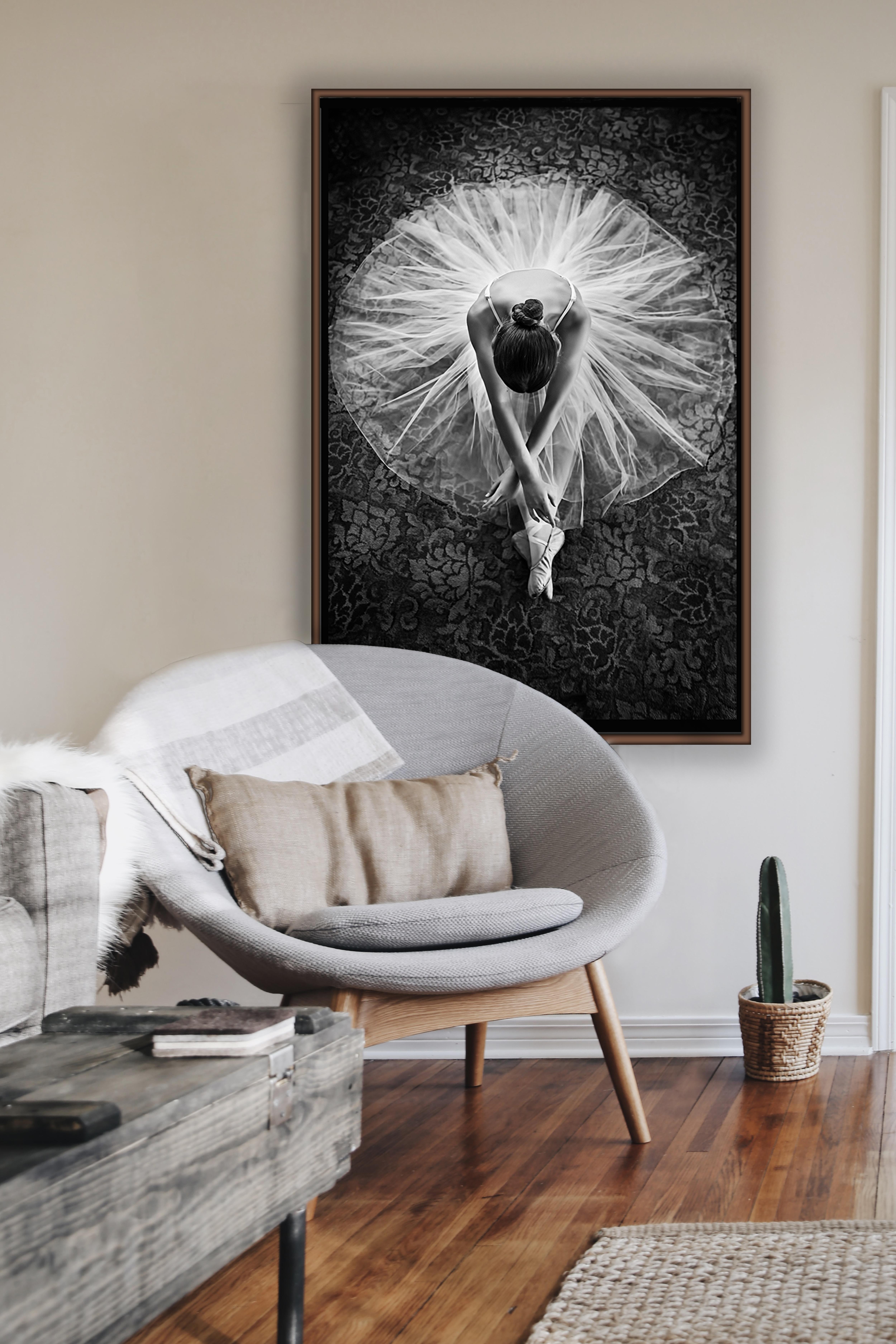 Dancer Canvas Frame Room