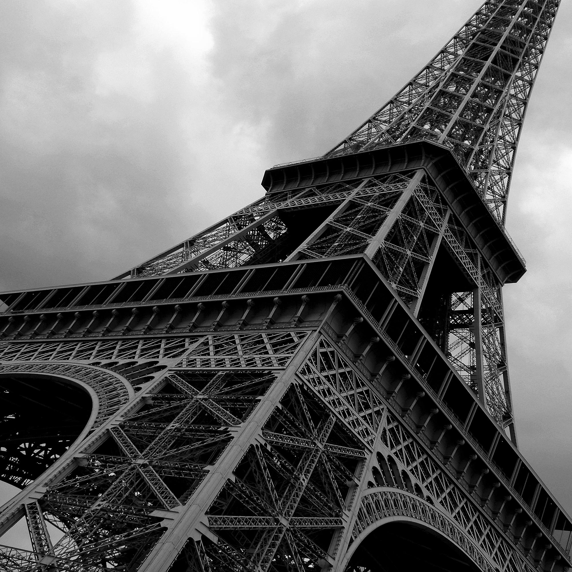 Pcb1036sq Eiffel Tower Small